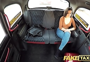 Portray cab squirting screaming sexy pussy cab orgasms