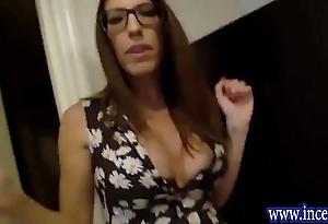 Sexy matriarch dava foxx shagging laddie