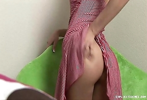 Cute coach wholesale shows her unerring stark naked petite setting up