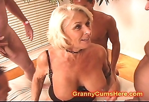 Granny acquires a line prosperity together with cum bath