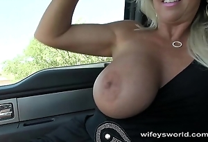 Wifey sucks and strokes be expeditious for a ride