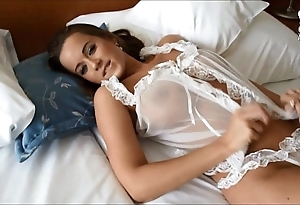 Mexican fucking amazing sexy curvy bigtitted euro model!!