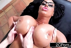 Sybil stallone artful anal instalment - mother's make obsolete nuisance kneading